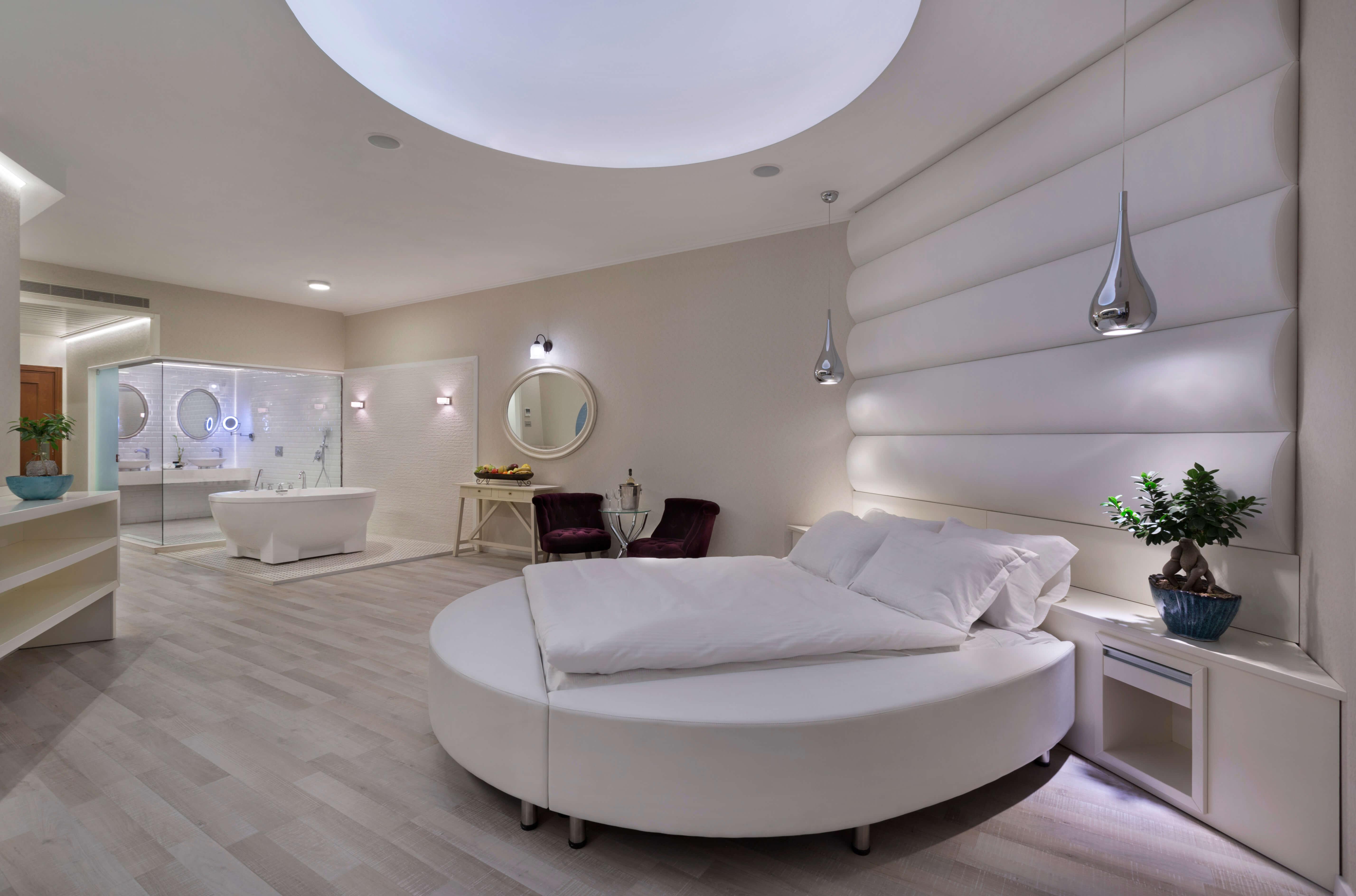 מלון הגארדן בחיפה - הסוויטה הלבנה
